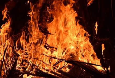 BREAKING NEWS   Incendiu la un spital din Craiova