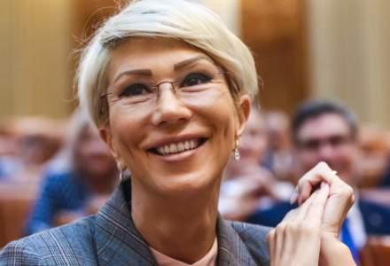 Raluca Turcan: Am vrea să cumpărăm mașini electrice pentru Ministerul Muncii