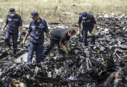 Premierul Malaysiei: Cadavrele victimelor avionului prabusit vor fi predate Olandei