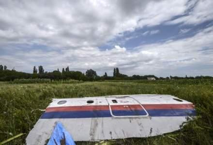 Trenul care transporta cadavrele victimelor zborului MH17 a ajuns la Harkov, unde corpurile vor fi examinate