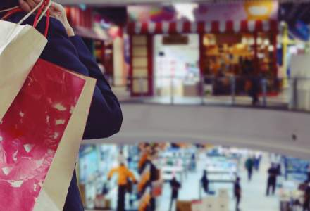 Elevii bucureșteni pot consulta oferte de învățământ la mall