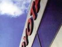 Toyota majoreaza tinta anuala...