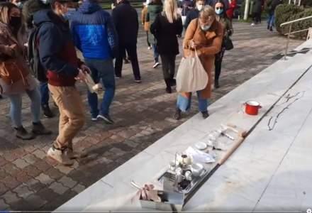 Protest al sectorului HORECA împotriva carantinării zonale: reprezentanții spun că se află în pragul falimentului