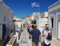 Vacanță în Grecia: Cu ce...