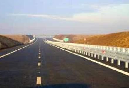 Primul lot al Autostrazii Nadlac-Arad, asfaltat in intregime