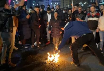 FOTO | Ce s-a întâmplat la protestele din București - Pace, furie, disperare și petarde