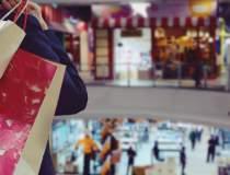 Mall-urile și parcurile de...