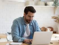 Bani de acasă online: cum...