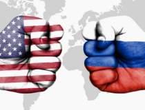 Rusia a expulzat zece...