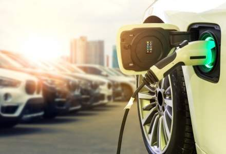 Vânzările de mașini electrice și hibride au crescut cu 65%, în primele trei luni ale anului