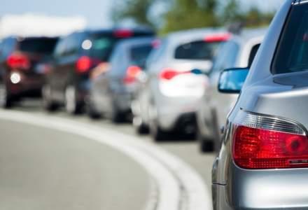 Trafic intens la intrarea în Bucureşti de pe A1 şi A2