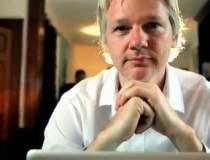 Assange va parasi ambasada...