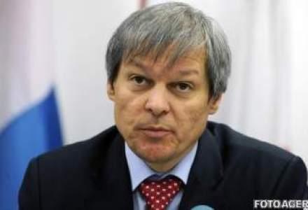 Ciolos: Toti producatorii romani afectati de embargoul rus, eligibili pentru ajutor din partea UE