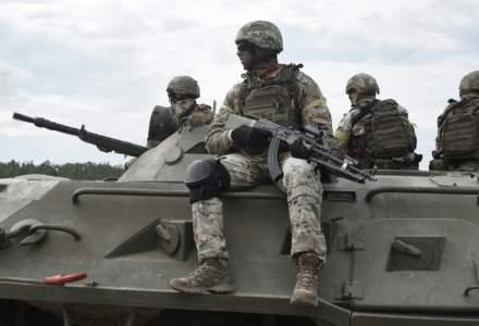 UE: La granița cu Ucraina sunt peste 100.000 de soldați ruși, mai mulți decât oricând