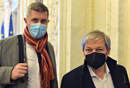 """Dan Barna: Voiculescu a fost demis din cauza unei """"neperformanțe"""" în comunicare"""