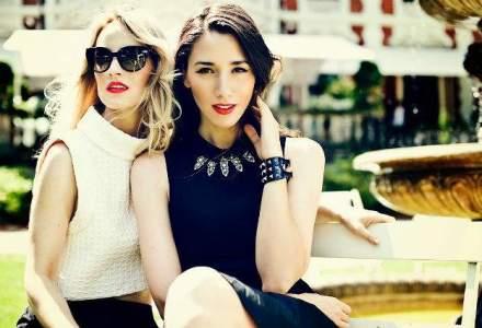 Bloggeritele la putere! Ce romance sunt cele mai cautate si cati fani au strans pe Facebook