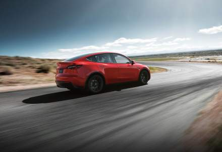 Autopilotul de la Tesla, păcălit să pornească singur fără șofer