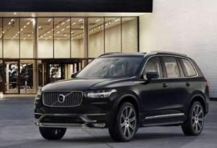 Volvo prezinta primele poze cu a doua generatie a SUV-ului XC90