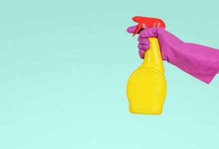 Românii cumpără mai multe produse de curățenie înainte de Paște