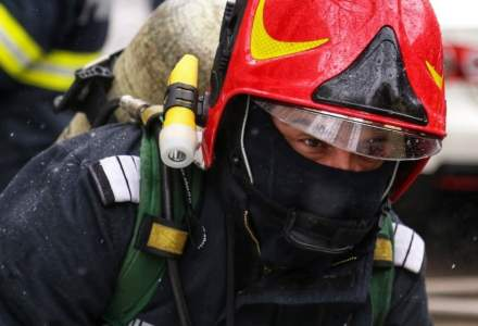 Incendiu la o fabrică de mobilă din Reghin