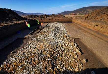 Un drum roman, vechi de două milenii, a fost descoperit pe şantierul Autostrăzii Transilvania