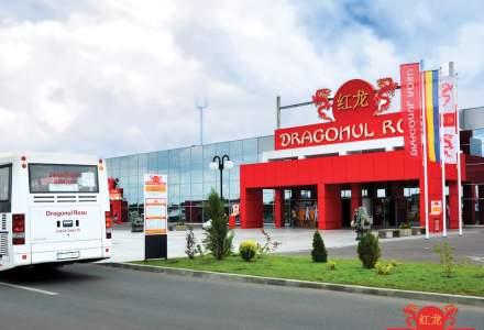 Dragonul Roșu deschide un centru de vaccinare a publicului, în cadrul centrului comercial
