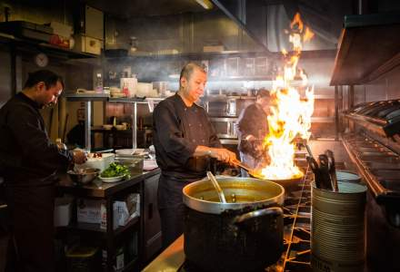 Criză de bucătari, ospătari și barmani în restaurantele din Marea Britanie