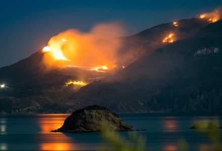 Incendiu de vegetaţie în Grecia: Mai multe sate au fost evacuate