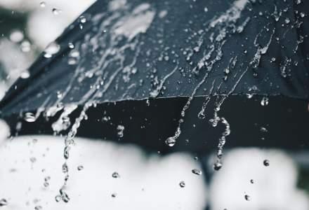 ANM: Avertizările Cod galben şi Cod portocaliu de ploi, extinse la 34 de judeţe şi Municipiul Bucureşti