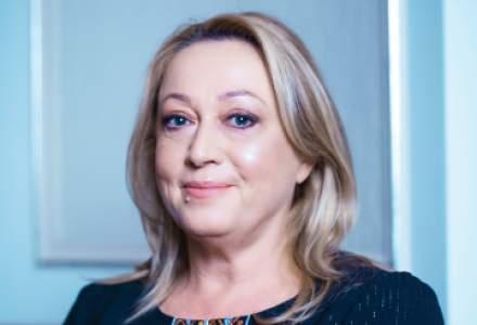 Gabriela Alexandrescu, Salvați Copiii România: Părinții sunt presați de acoperirea costurilor educației gratuite