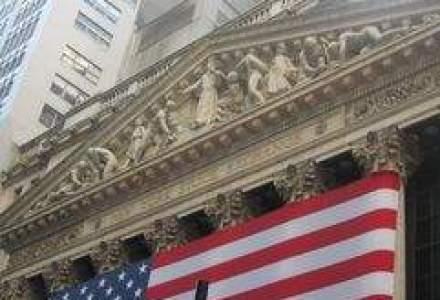 Au invatat ceva din criza? Bancherii americani revin la bonusuri mari