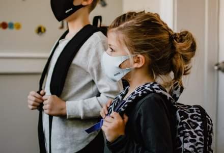 270 de elevi s-au infectat cu COVID-19, de la reluarea școlii