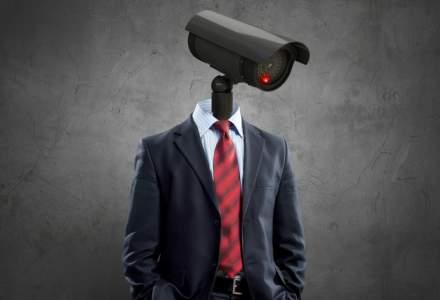 """""""Lesa digitală"""" pe care companiile o pun pe angajați trece de bariera vieții private"""