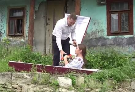 Republica Moldova: Un partid și început campania electorală din cosciug
