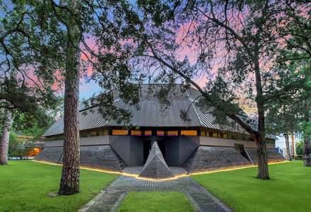 """[FOTO] Casa """"Darth Vader"""", scoasă la licitație pentru 4,3 mil. dolari"""