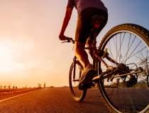 Cu reclama pe bicicletă: Cum...