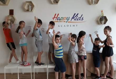Educație financiară copii: ce trebuie făcut pentru a învăța de la o vârstă fragedă