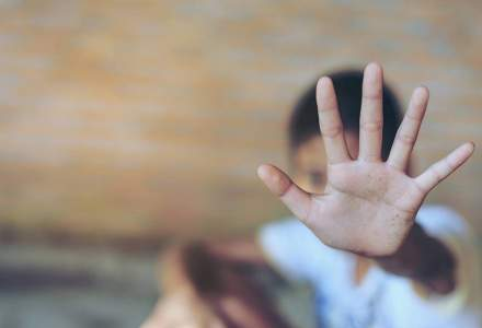 Unul din doi copii e supus unei forme de abuz și unul din trei copii se află în risc de sărăcie și excluziune socială