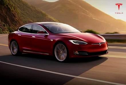 Mii de mașini Tesla, chemate în service: ce probleme au fost identificate