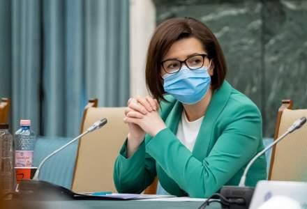 Un nou scandal legat de dezinfectanți diluați în spitale: peste 400 de litri, restrași din unitățile sanitare