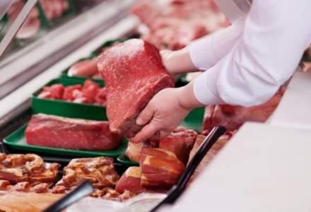Prețul cărnii de porc ar putea crește cu 25% în următoarele luni