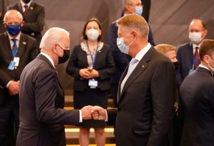 Klaus Iohannis, la Summitul NATO: L-am invitat pe președintele Joe Biden în România