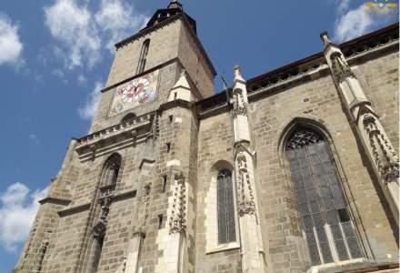 De la rugăciune la vaccinare: imunizare în Biserica Neagră din Brașov
