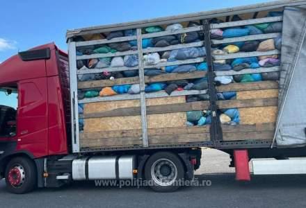 Opt automarfare cu deșeuri au fost oprite la intrarea în România, la Punctul de Trecere a Frontierei Nădlac II