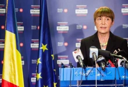 Monica Macovei a inceput campania electorala intr-o hala dezafectata din Timisoara