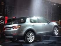 Paris 2014: Land Rover...