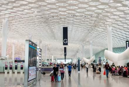 Sute de zboruri anulate pe un aeroport din China, după depistarea unui angajat infectat cu COVID