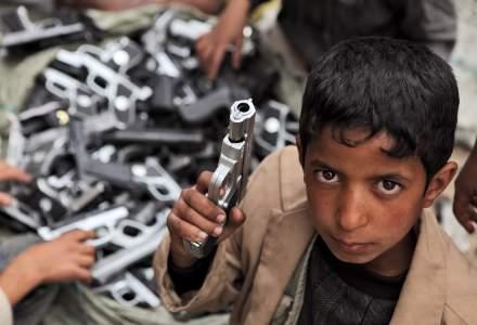 Peste 8.500 de copii au fost folosiți ca soldați, iar peste 2.700 uciși, în 2020