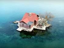 FOTO | O casă cât o insulă!...