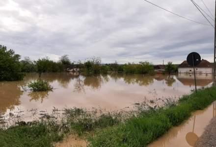 Guvernul promite 155 de milioane de euro pentru repararea distrugerilor cauzate de inundații